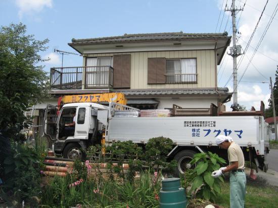 屋根瓦葺き替え工事です