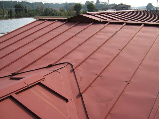 トステムの屋根材 T・ルーフ(ペッパー色)です。